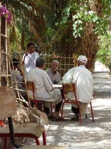 K1024_Männer beim Tee