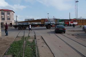 K1024_Gleise ins Hafengelände