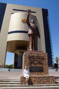 K1024_Statue mit Doris